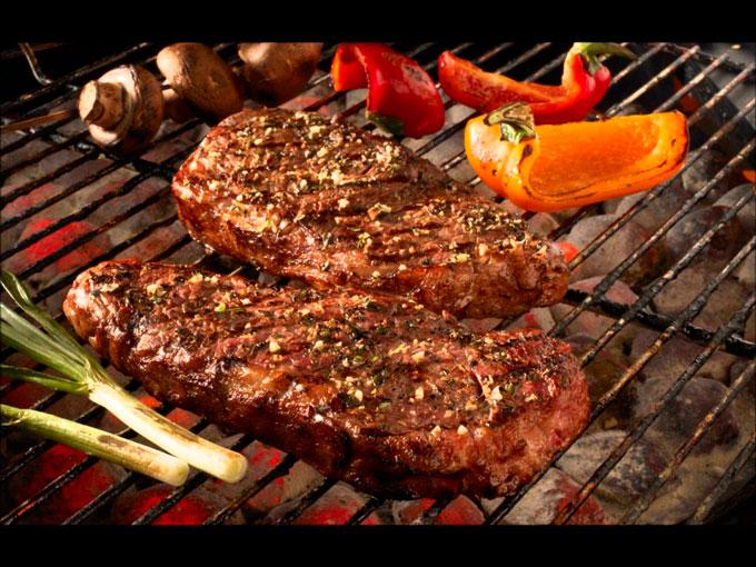 Plato de carne al horno